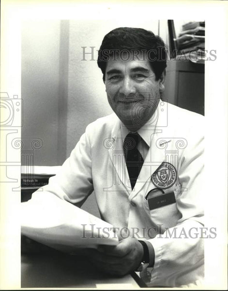Press Photo Dr. Ramon Baez, University of Texas Dental Health Science Center - Historic Images