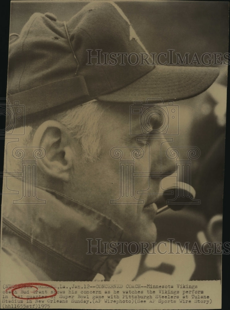 1975 Press Photo Bud Grant, Minnesota Vikings Football Coach at Super Bowl - Historic Images
