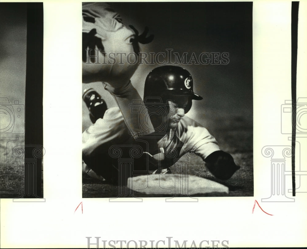 1993 Press Photo Churchill and MacArthur play high school bsaeball - sas13799 - Historic Images