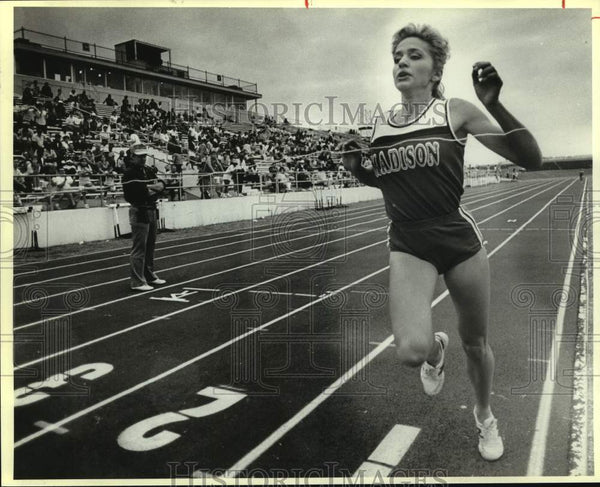 Press Photo Madison High track athlete Natalie Nalepa - sas13965 - Historic Images