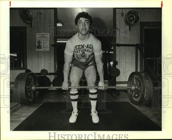 1983 Press Photo Weightlifter Jeff Rodriguez at Olympic Fitness Center - Historic Images