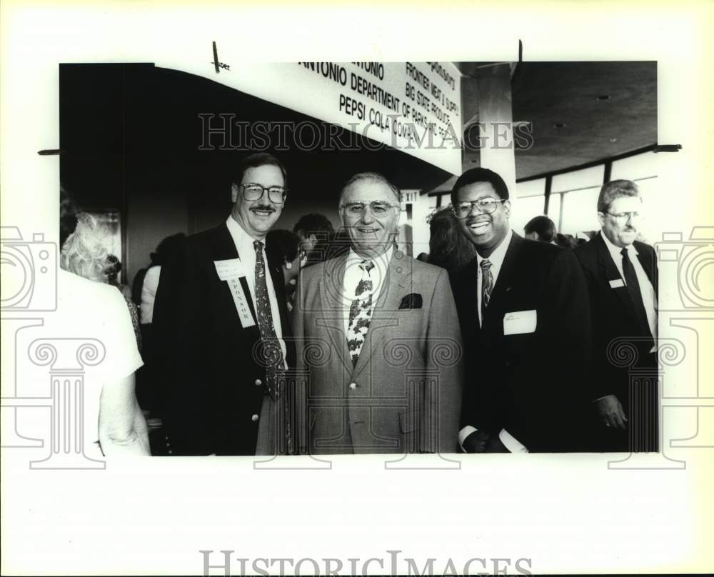 1991 Press Photo Greater San Antonio Chamber of Commerce event attendees - Historic Images