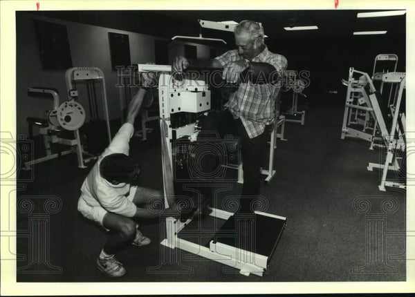 1992 Press Photo Exercise physiologist Dale Schweers and Roy Bendele - Historic Images