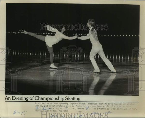 Press Photo Figure skaters in action - sas15938 - Historic Images