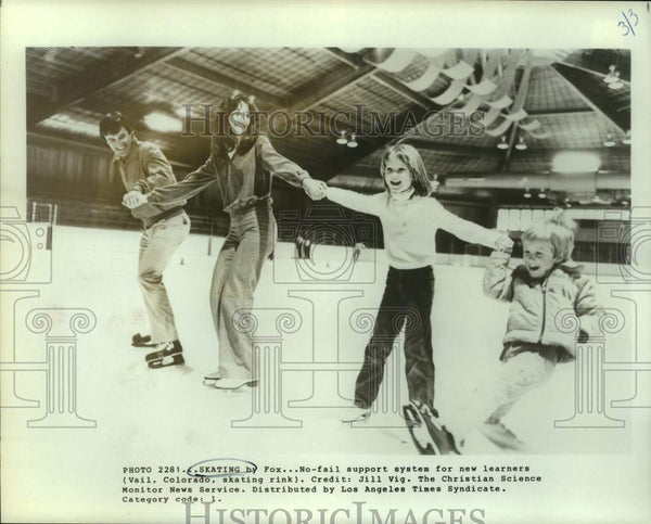 Press Photo Ice skaters in Vail, Colorado - sas15942 - Historic Images