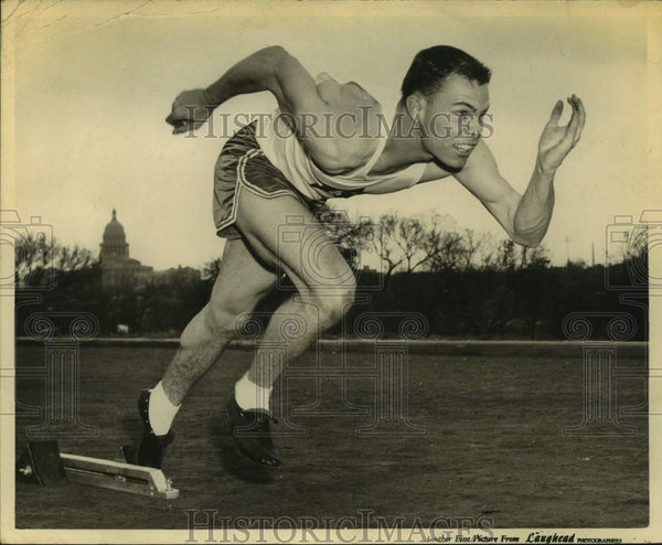 Press Photo Baytown track athlete Wally Wilson - sas15958 - Historic Images