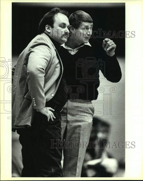 1992 Press Photo College basketball coaches Jim Shuler and Rusty Segler - Historic Images