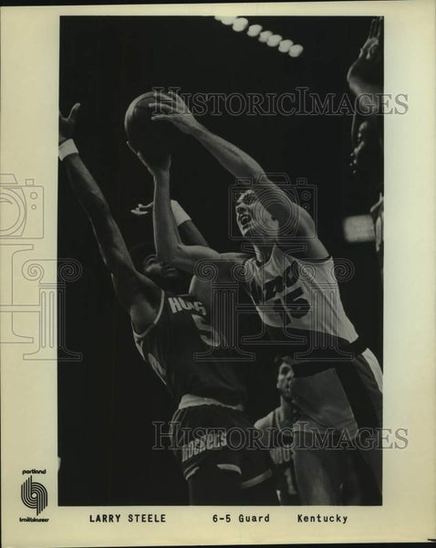 Press Photo Portland Trail Blazers basketball player Larry Steele - sas16633 - Historic Images