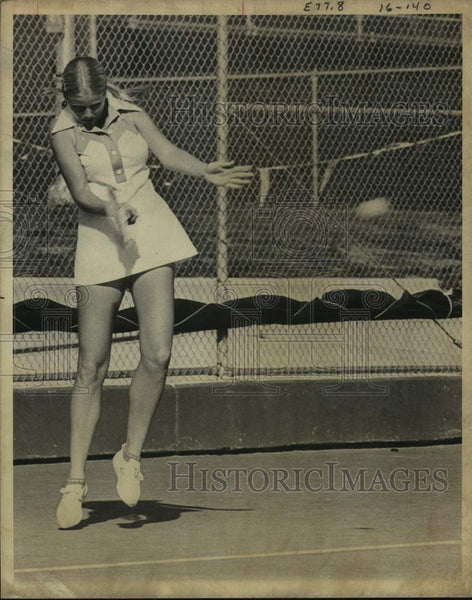 Press Photo Tennis player Stephanie Tolleson - sas16779 - Historic Images