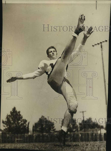 Press Photo Football player Rusty Russell - sas16868 - Historic Images