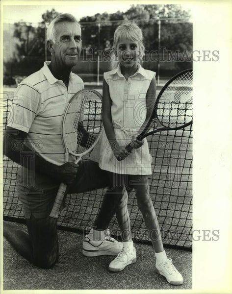 1986 Press Photo Sonterra tennis pro Russell Seymour with Ashley Biechlin - Historic Images
