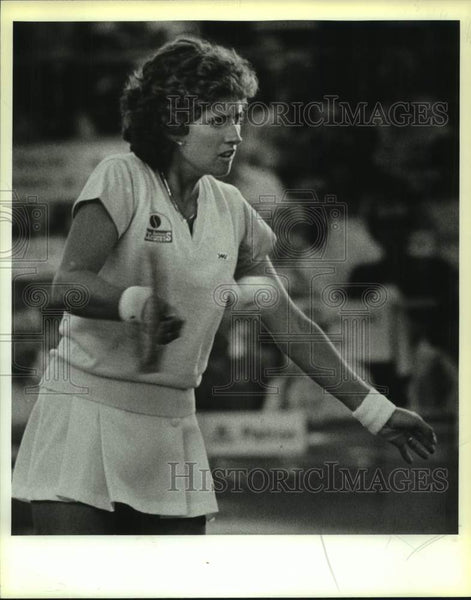 1985 Press Photo Tennis player Kim Shaeffer in action - sas16981 - Historic Images