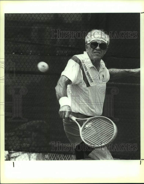 1991 Press Photo Leo Rose, Senior Olympics tennis silver medal, Thousand Oaks - Historic Images