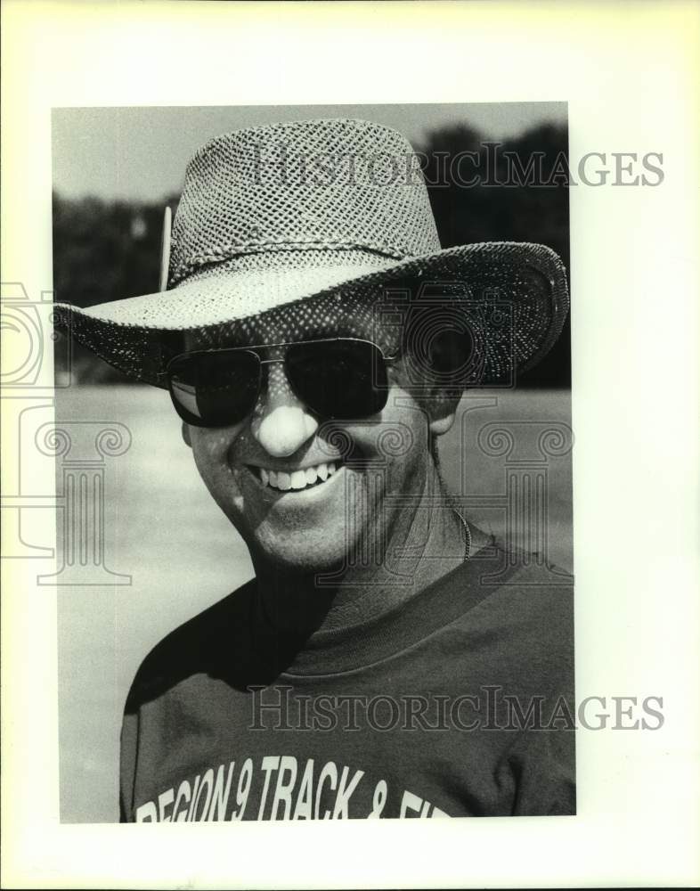 1991 Press Photo John Jay High track and field coach George Ross - sas17031 - Historic Images