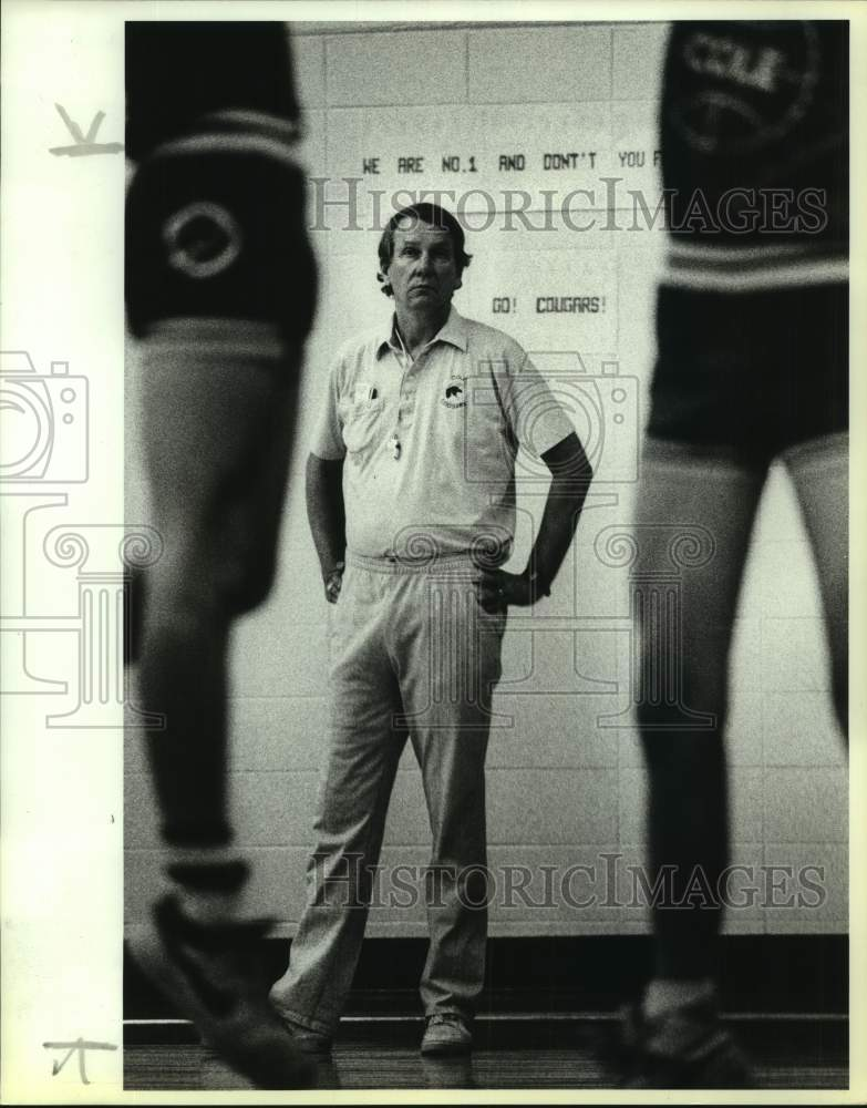 1989 Press Photo Cole High basketball coach Dave Madura - sas17042 - Historic Images