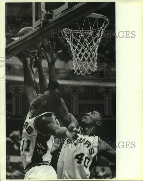 Press Photo San Antonio Spurs basketball players Vernon Maxwell, Willie Anderson - Historic Images