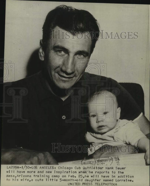 Press Photo Chicago Cubs baseball player Hank Sauer and daughter Lorraine - Historic Images