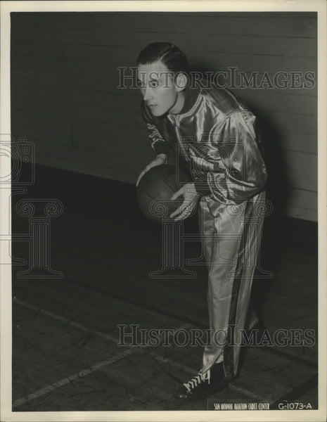 Press Photo Max O'Dell Reserve Forward on San Antonio Aviation Cadet Basketball - Historic Images