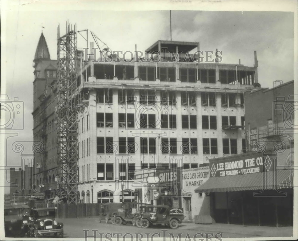1927 Press Photo Construction of Spokane Chronicle building - Historic Images