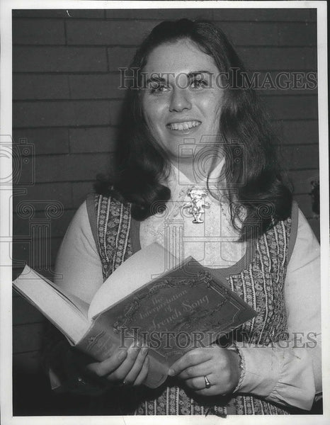 1972 Press Photo Jo Anne Dawson-Opera personnel, French Music student - Historic Images