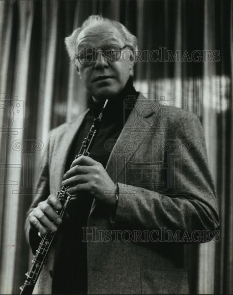 1984 Jerry Domer, holds his clarinet - Historic Images