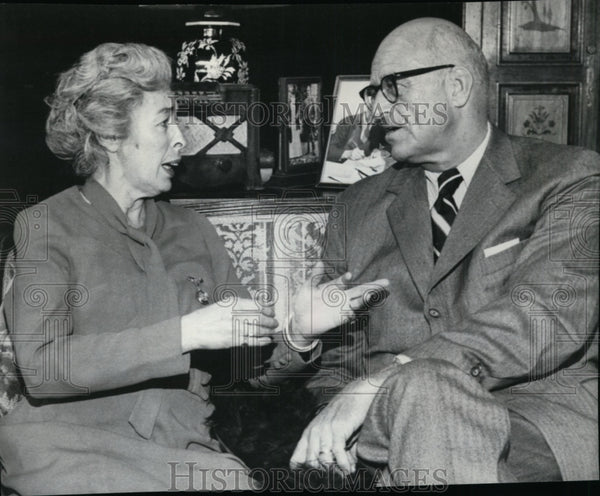 1976 Jimmy Roosevelt with Eileen Heckart, who portrays his mother - Historic Images