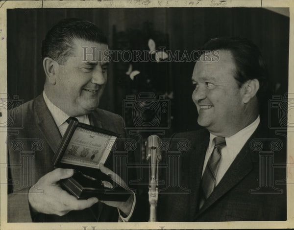 1968 George Hanner presents watch to William Murphy, Wolfert's Roost - Historic Images