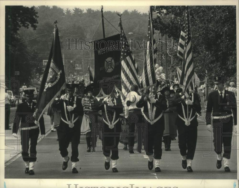 1985 Press Photo Color guard leads parade in Westmere, New York - tua13518 - Historic Images