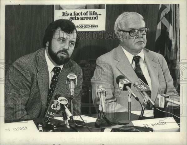 1978 Press Photo Drs. Paul Weisner & Robert Whalen at New York press conference - Historic Images