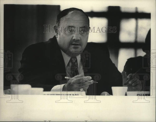 1975 Press Photo Assemblyman Robert Wertz, Chairman of the Task Force - Historic Images