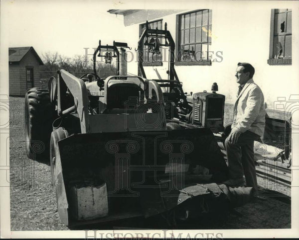 1985 Press Photo Robert Mahoney, Scotia, New York Sewage Disposal Plant - Historic Images