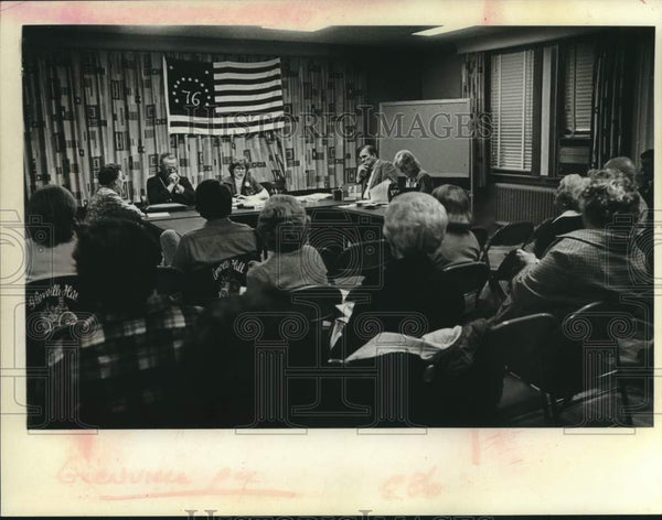 1976 Press Photo Scotia - Glenville New York Bicentennial Commission meeting - Historic Images