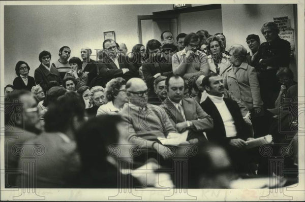 1979 Press Photo Residents at Schenectady NY County Board of Rep meeting - Historic Images