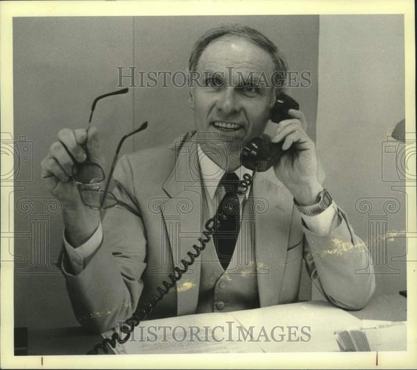 1984 Press Photo Theodore L Scmitz, Schenectady NY Director of Alcoholism Center - Historic Images