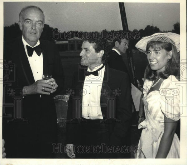 1986 Press Photo Traver's Gala attendees at Saratoga, New York Hall of Springs - Historic Images