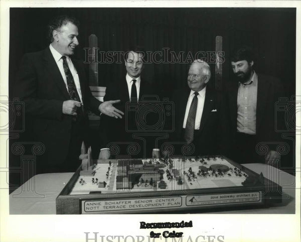 1992 Press Photo Schenectady, NY officials with model of proposed senior center - Historic Images