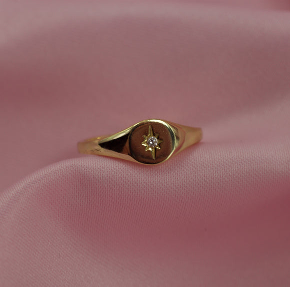Mini Star Signet Ring