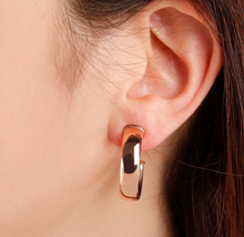 Load image into Gallery viewer, ROSE GOLD WIDE BRONZALLURE HOOPS