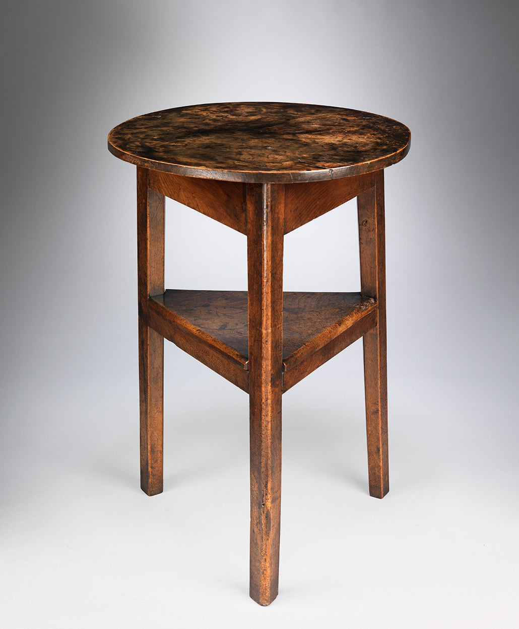 Georgian Vernacular Tavern Cricket Table