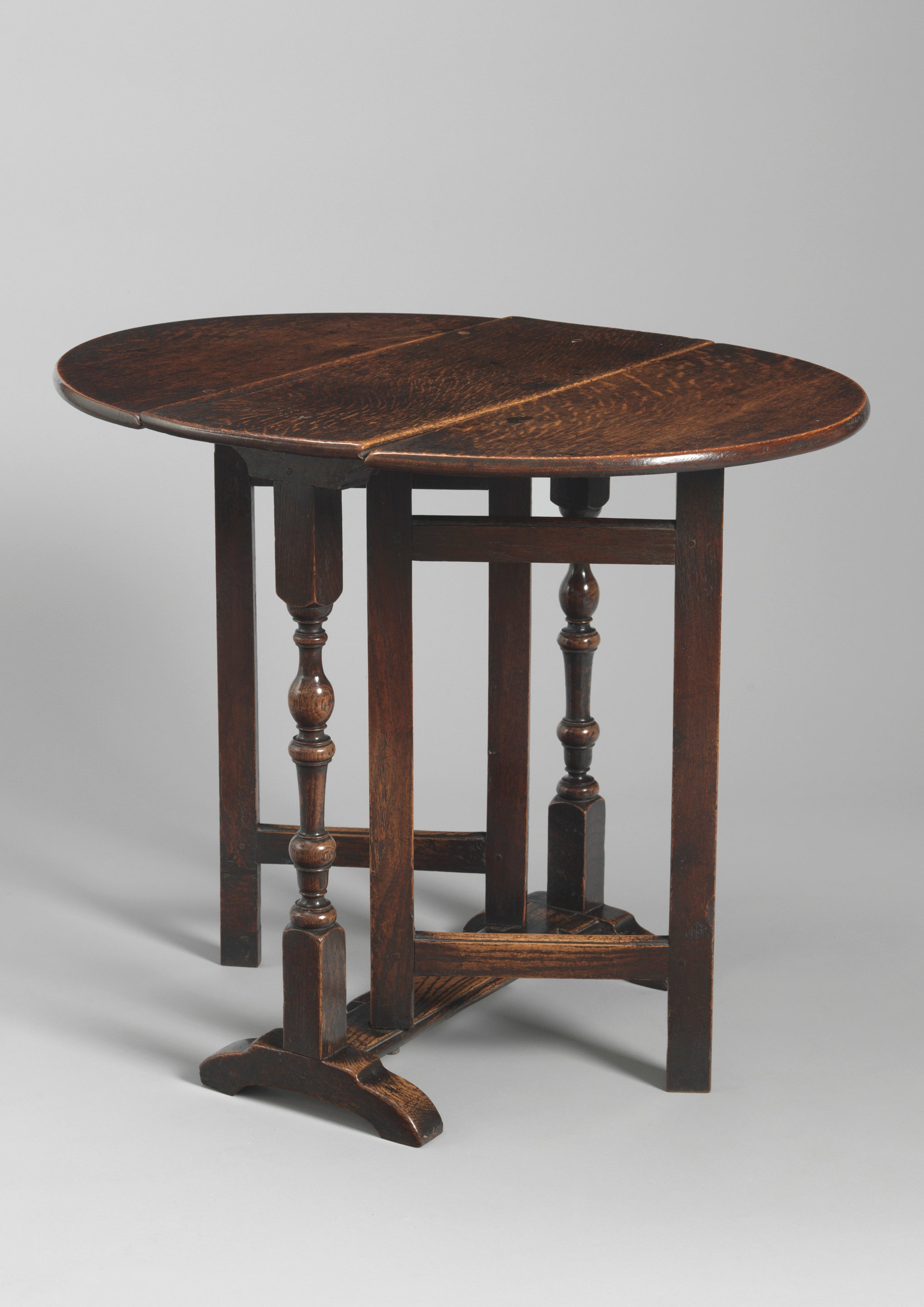 Small William and Mary Period Drop Leaf Table