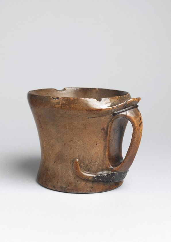 Exceptional Early Lamhog or Ceremonial Drinking Vessel