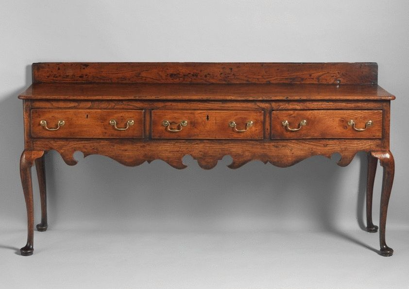 Fine Georgian Cabriole Leg Serving Dresser