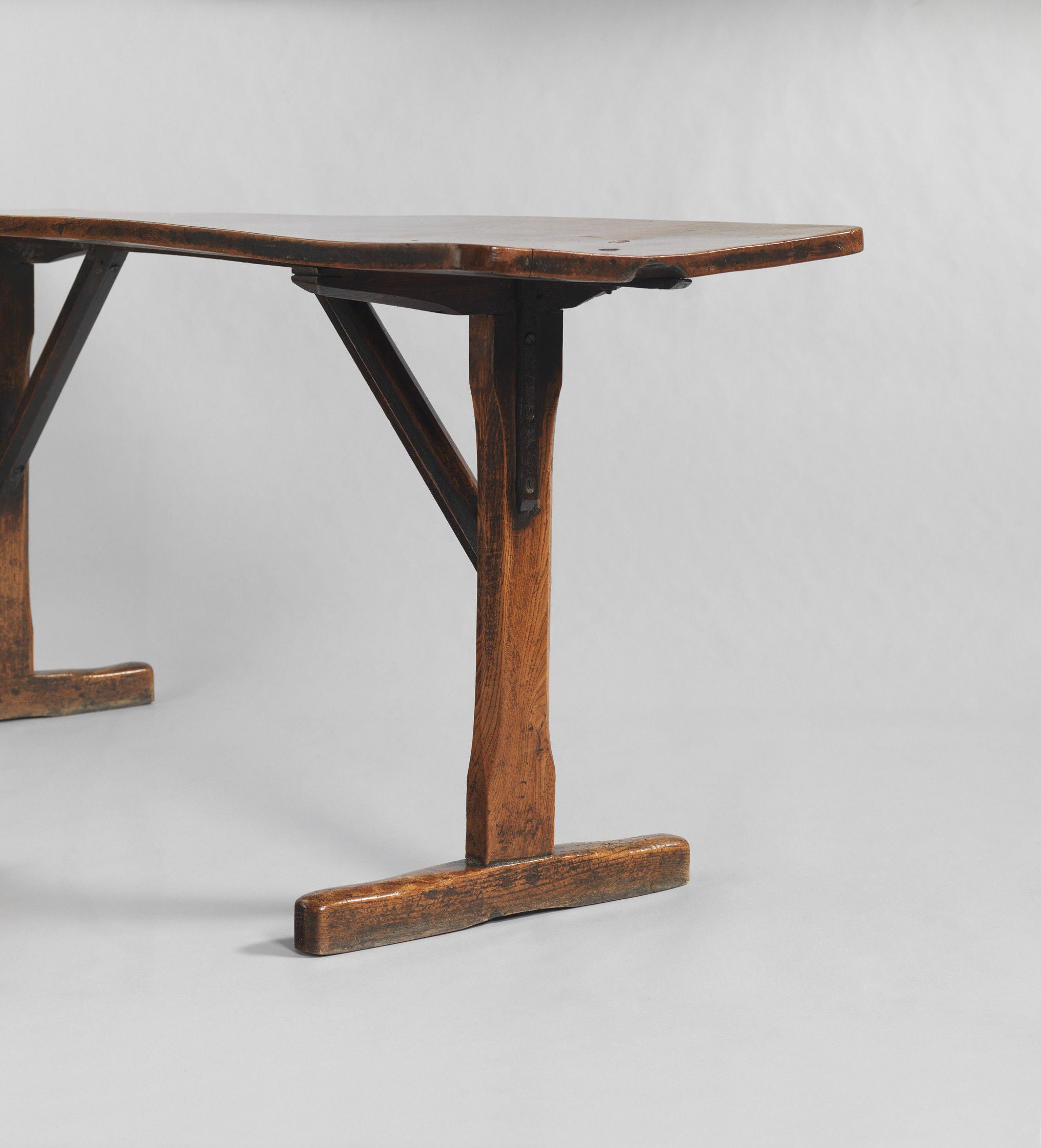 Exceptional 'T' Trestle Tavern Table