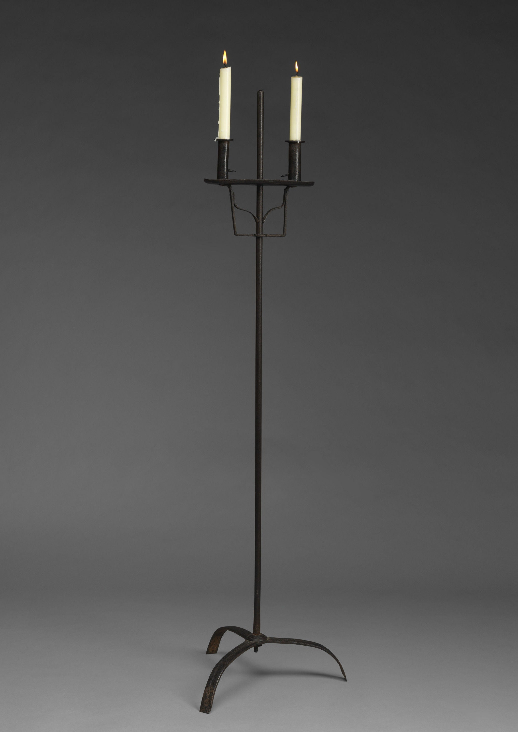 Adjustable Floorstanding Lighting Device