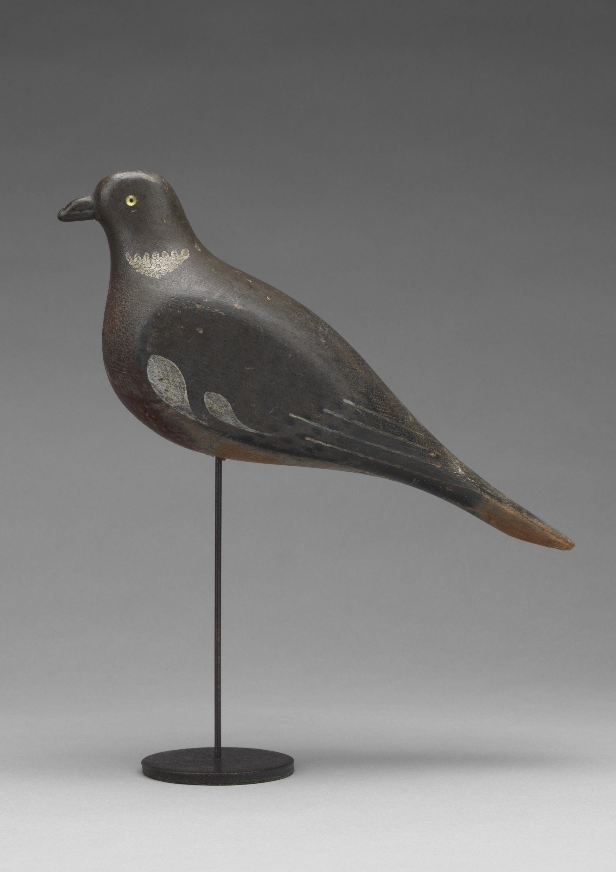 Stylized Wood Pigeon Decoy