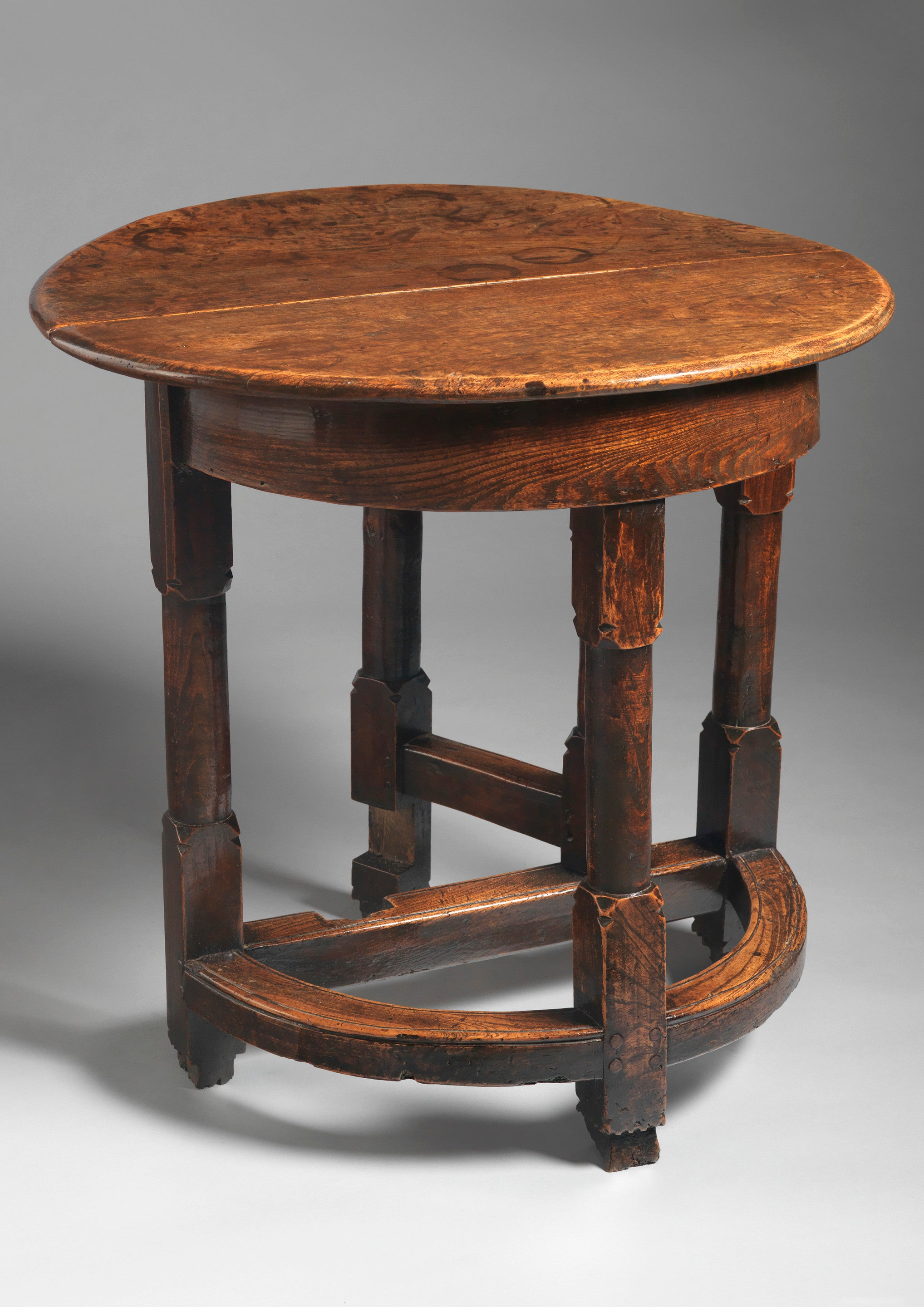 Exceptional William and Mary Period Folding Livery Table