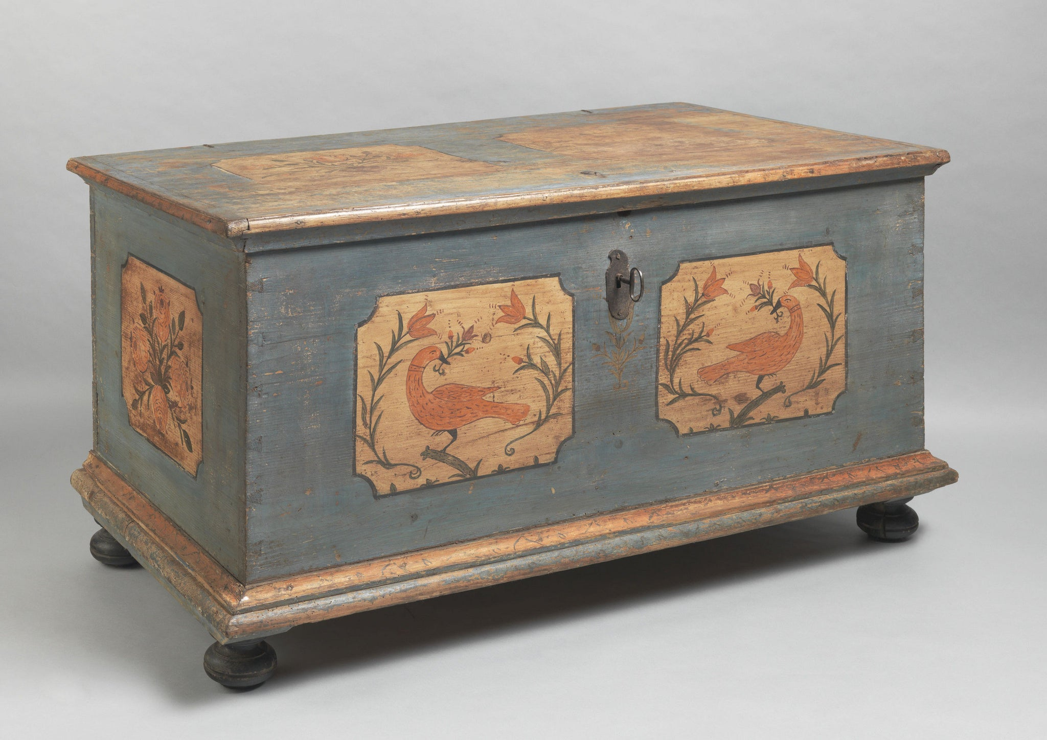 Love Bird' Decorated Marriage Chest
