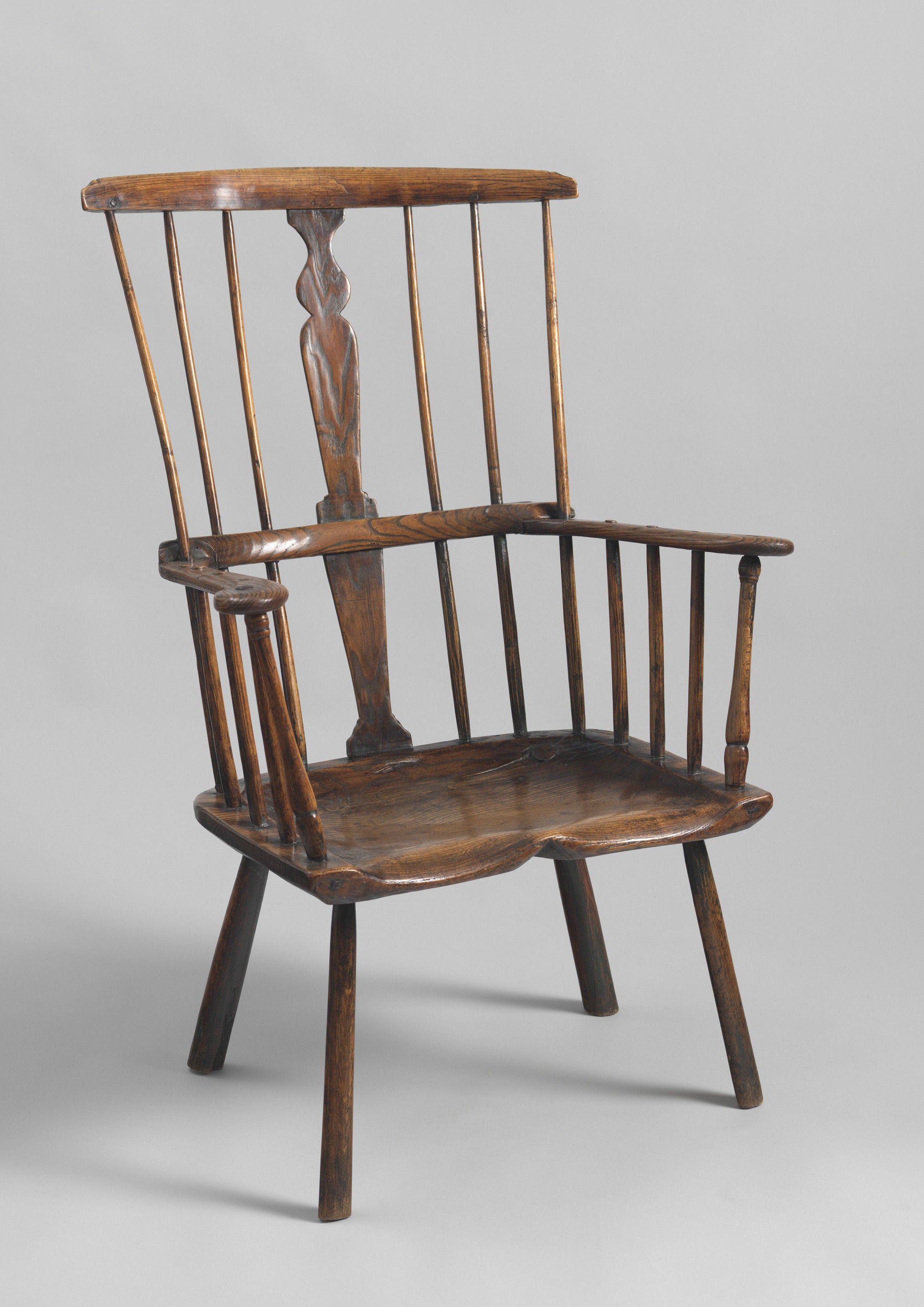 Delightful Early Primitive Comb Back Windsor Armchair