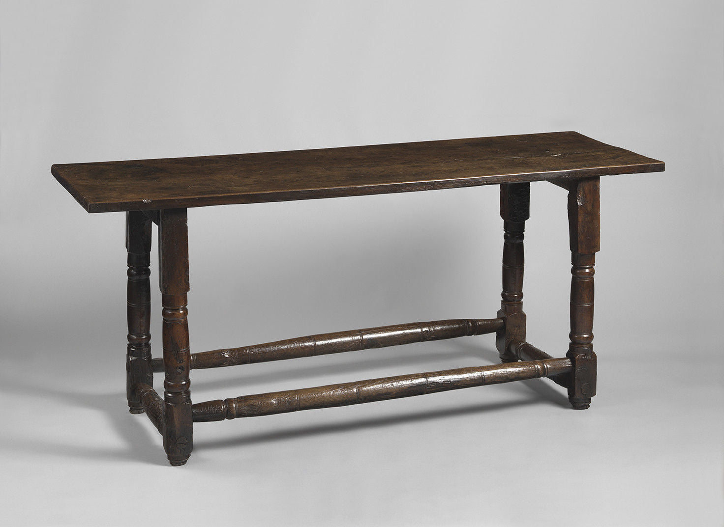 Unusual Early Turner's Table