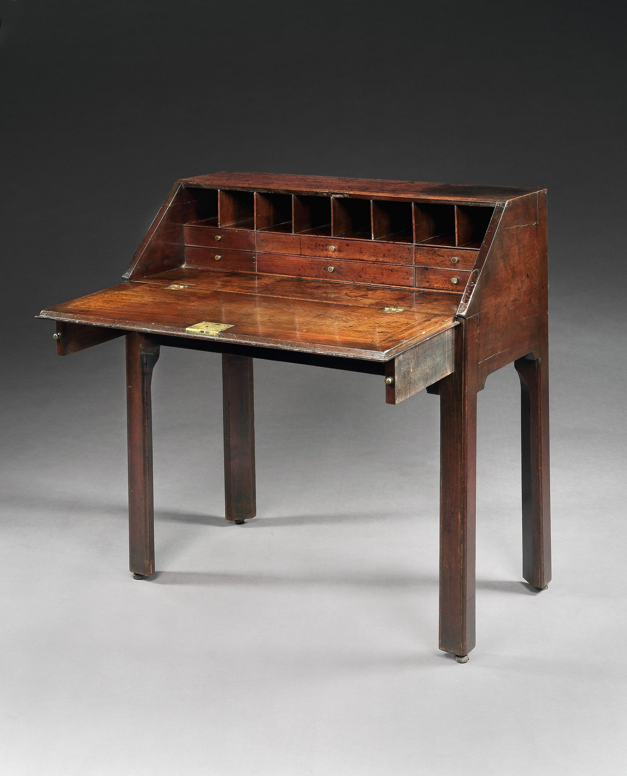 Elegant and Well Drawn Early Georgian Writing Desk